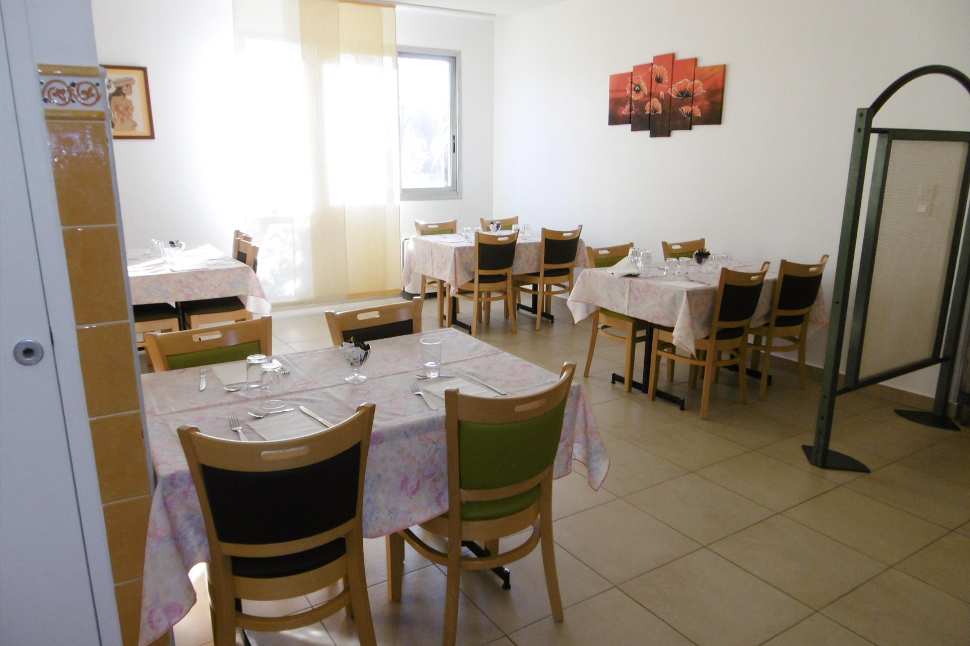 Salle à manger de la Clinique du Val d'Estreilles